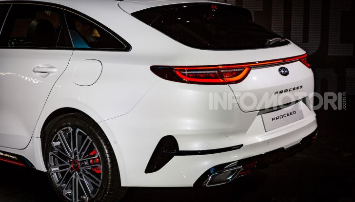 KIA ProCeed 2018, la nuova Shooting Brake Made in Europe - Foto 17 di 17