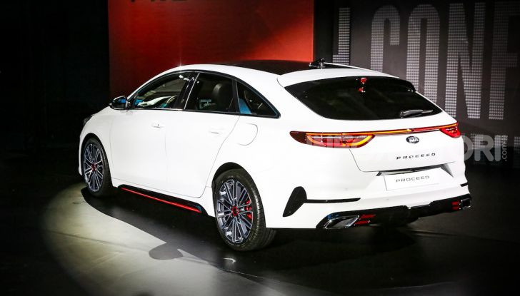 KIA ProCeed 2018, la nuova Shooting Brake Made in Europe - Foto 2 di 17