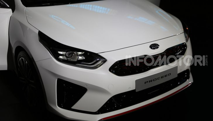 KIA ProCeed 2018, la nuova Shooting Brake Made in Europe - Foto 10 di 17