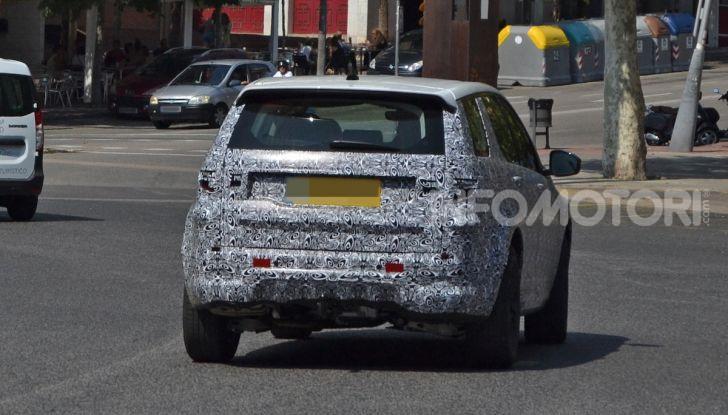 Land Rover Discovery Sport 2020: facelift ibrido ad alta tecnologia - Foto 10 di 10
