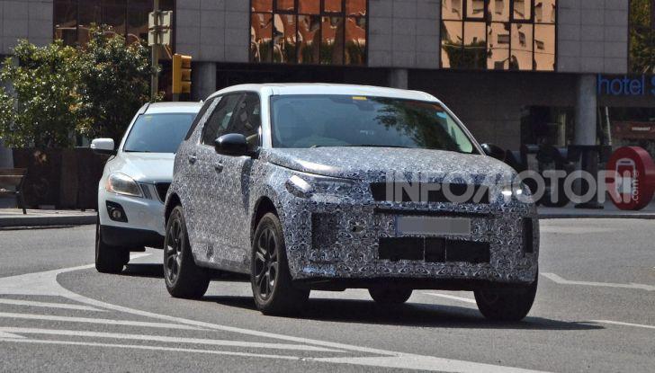 Land Rover Discovery Sport 2020: facelift ibrido ad alta tecnologia - Foto 1 di 10