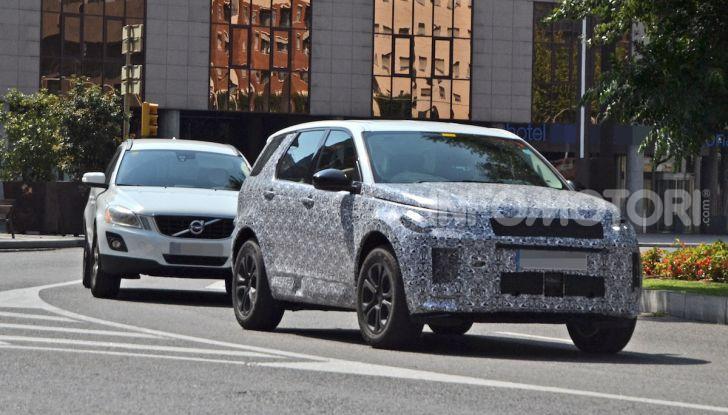 Land Rover Discovery Sport 2020: facelift ibrido ad alta tecnologia - Foto 3 di 10