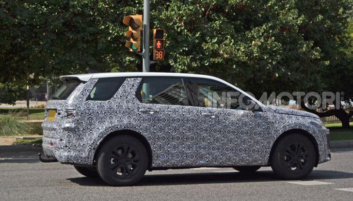 Land Rover Discovery Sport 2020: facelift ibrido ad alta tecnologia - Foto 7 di 10