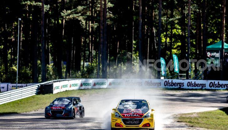Bruno Famin (team Peugeot Total) soddisfatto del risultato di Riga - Foto  di