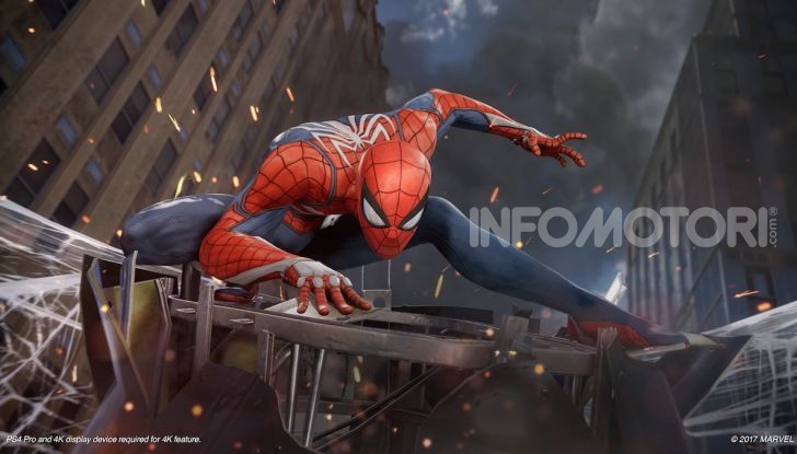 Spider-Man per PS4 a Milano: l'eroe Marvel salva un bus in Darsena - Foto 3 di 11