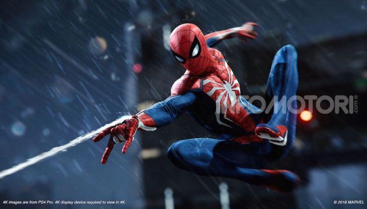 Spider-Man per PS4 a Milano: l'eroe Marvel salva un bus in Darsena - Foto 8 di 11