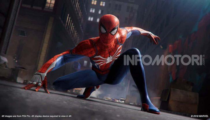 Spider-Man per PS4 a Milano: l'eroe Marvel salva un bus in Darsena - Foto 9 di 11