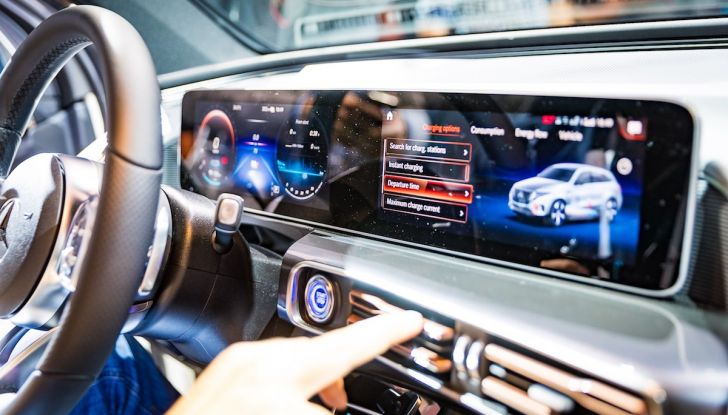 Mercedes-Benz EQC, Recensione LIVE: i tedeschi alla conquista dell'elettrico - Foto 44 di 49