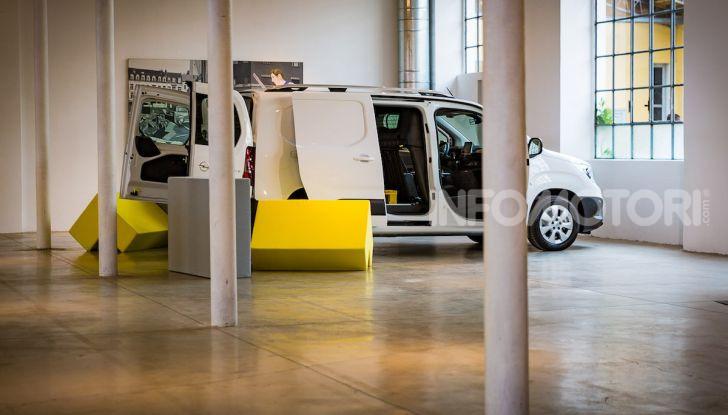 Opel Combo Life: tecnologia, sicurezza e spazio in abbondanza - Foto 13 di 37