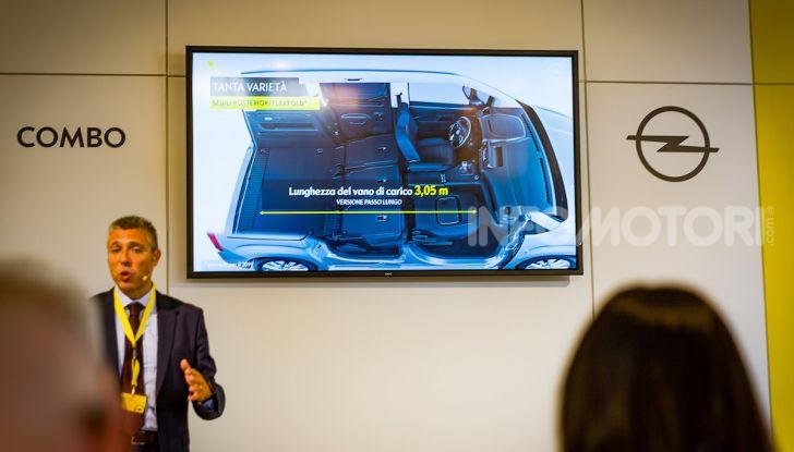 Opel Combo Life: tecnologia, sicurezza e spazio in abbondanza - Foto 17 di 37