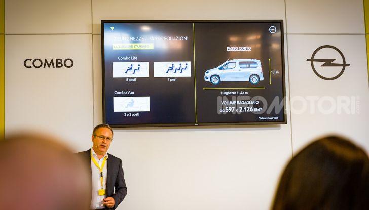 Opel Combo Life: tecnologia, sicurezza e spazio in abbondanza - Foto 19 di 37
