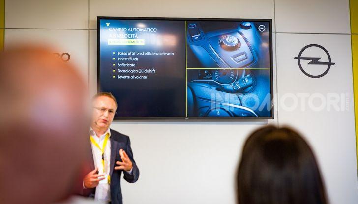 Opel Combo Life: tecnologia, sicurezza e spazio in abbondanza - Foto 25 di 37