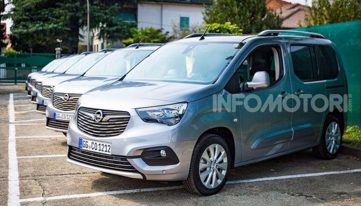 Opel Combo Life: tecnologia, sicurezza e spazio in abbondanza - Foto 2 di 37