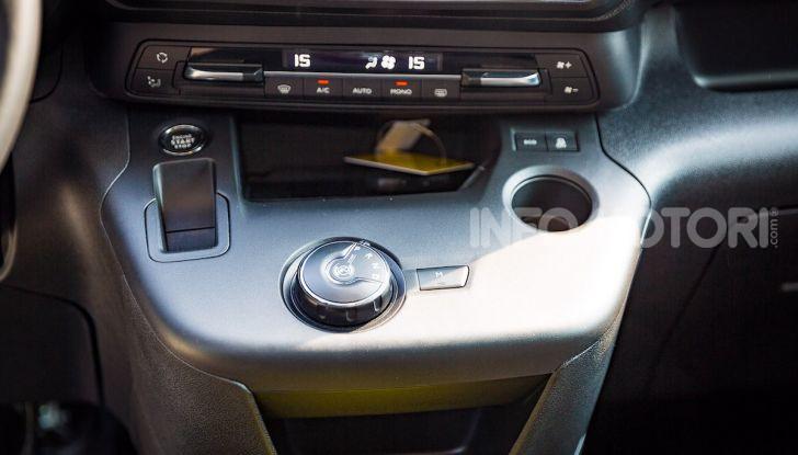 Opel Combo Life: tecnologia, sicurezza e spazio in abbondanza - Foto 29 di 37
