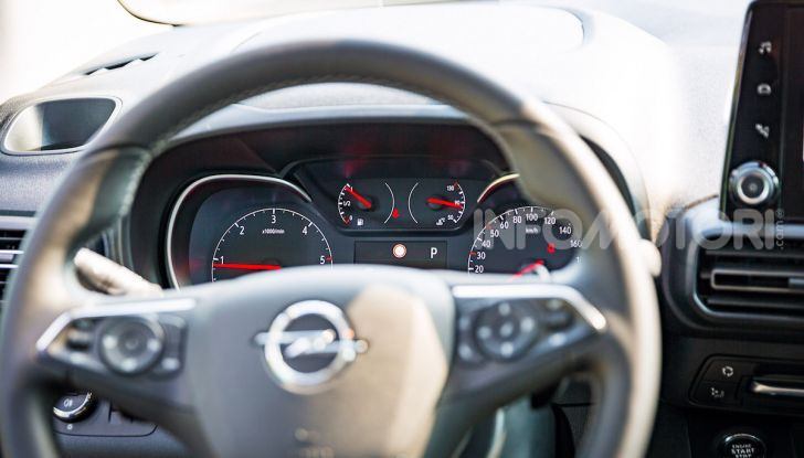 Opel Combo Life: tecnologia, sicurezza e spazio in abbondanza - Foto 30 di 37