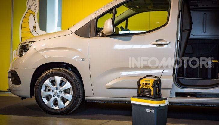 Opel Combo Life: tecnologia, sicurezza e spazio in abbondanza - Foto 5 di 37