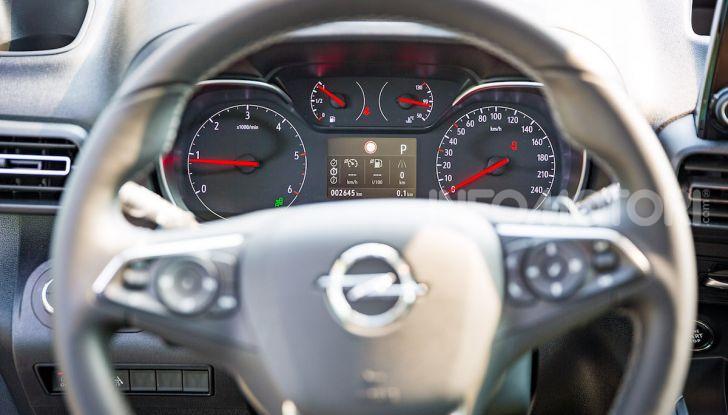 Opel Combo Life: tecnologia, sicurezza e spazio in abbondanza - Foto 31 di 37