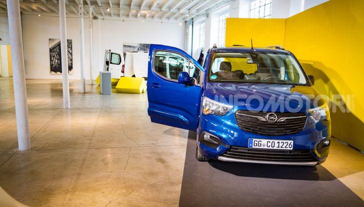 Opel Combo Life: tecnologia, sicurezza e spazio in abbondanza - Foto 6 di 37
