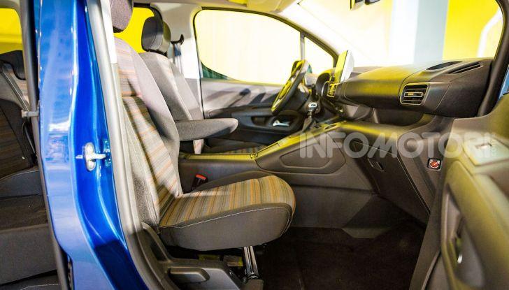 Opel Combo Life: tecnologia, sicurezza e spazio in abbondanza - Foto 7 di 37