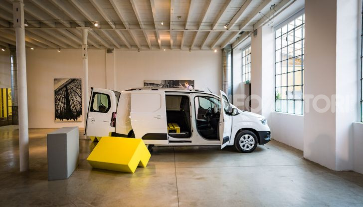 Opel Combo Life: tecnologia, sicurezza e spazio in abbondanza - Foto 8 di 37