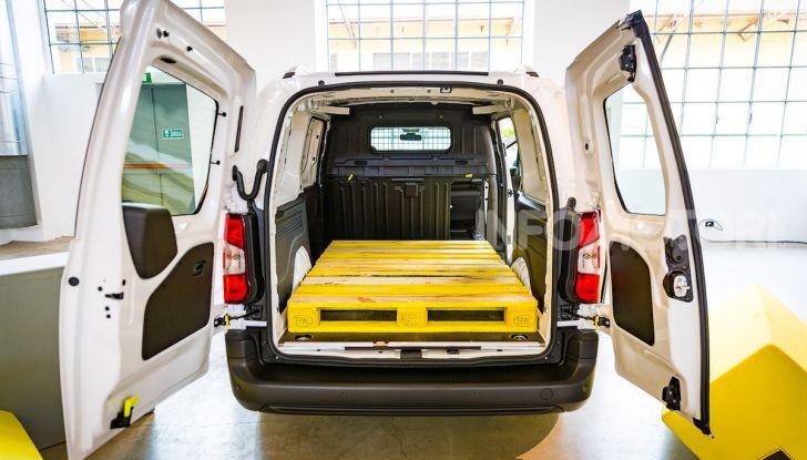 Opel Combo Life: tecnologia, sicurezza e spazio in abbondanza - Foto 11 di 37