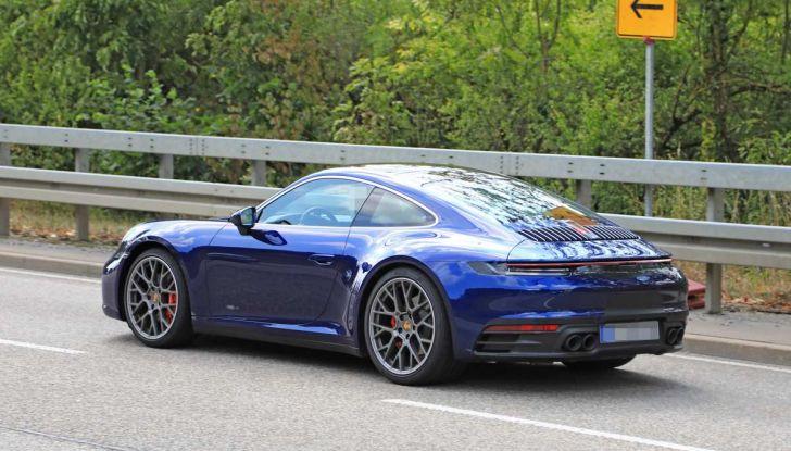 Porsche 911 992,la nuova generazione svelata in forma definitiva - Foto 13 di 30