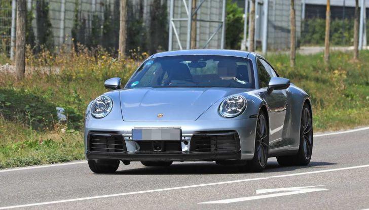 Porsche 911 992,la nuova generazione svelata in forma definitiva - Foto 16 di 30