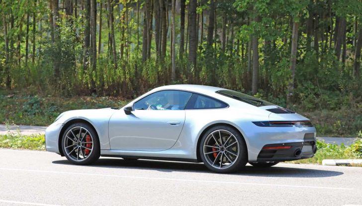 Porsche 911 992,la nuova generazione svelata in forma definitiva - Foto 19 di 30