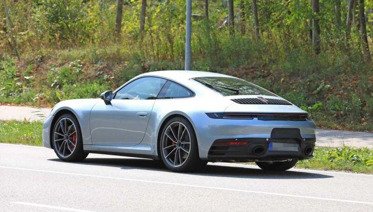 Porsche 911 992,la nuova generazione svelata in forma definitiva - Foto 20 di 30