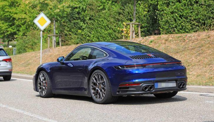 Porsche 911 992,la nuova generazione svelata in forma definitiva - Foto 3 di 30