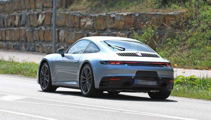 Porsche 911 992,la nuova generazione svelata in forma definitiva - Foto 21 di 30