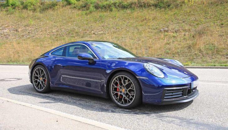 Porsche 911 992,la nuova generazione svelata in forma definitiva - Foto 23 di 30