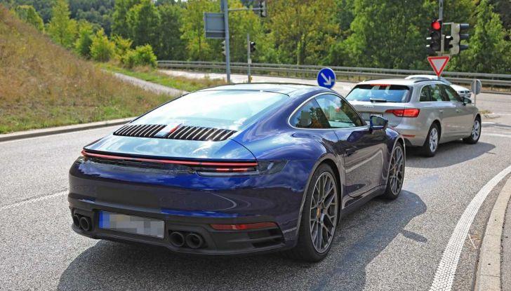 Porsche 911 992,la nuova generazione svelata in forma definitiva - Foto 24 di 30
