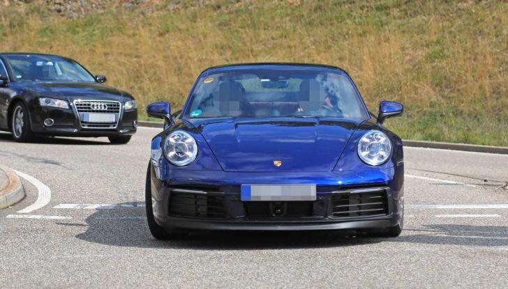 Porsche 911 992,la nuova generazione svelata in forma definitiva - Foto 26 di 30