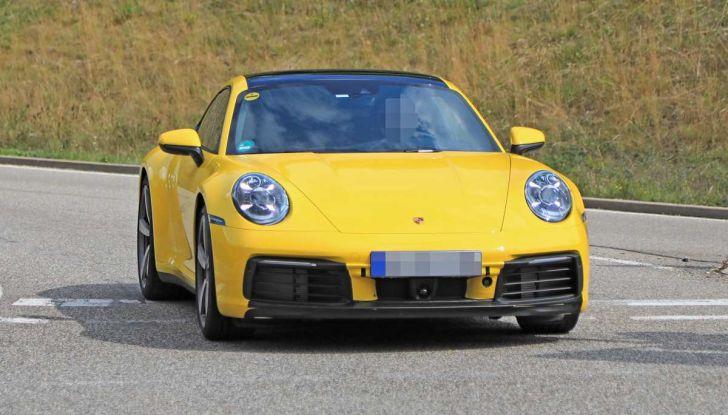Porsche 911 992,la nuova generazione svelata in forma definitiva - Foto 5 di 30