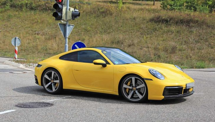 Porsche 911 992,la nuova generazione svelata in forma definitiva - Foto 7 di 30