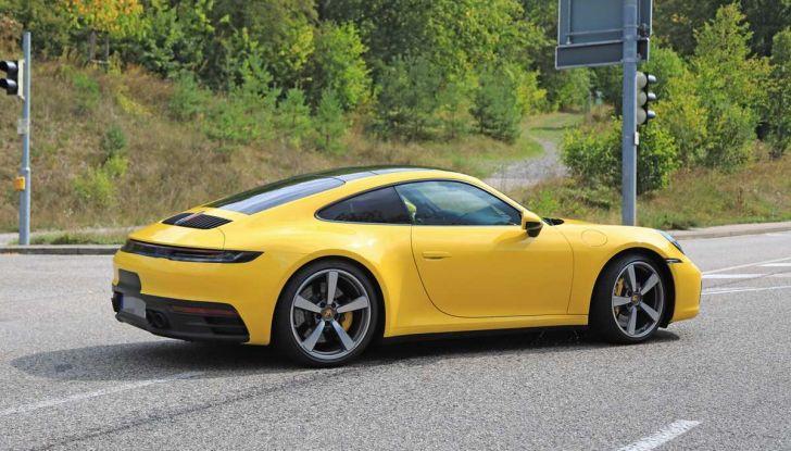Porsche 911 992,la nuova generazione svelata in forma definitiva - Foto 9 di 30