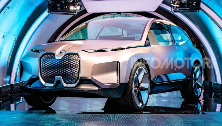 BMW Vision iNext, il crossover elettrico del futuro - Foto 10 di 14