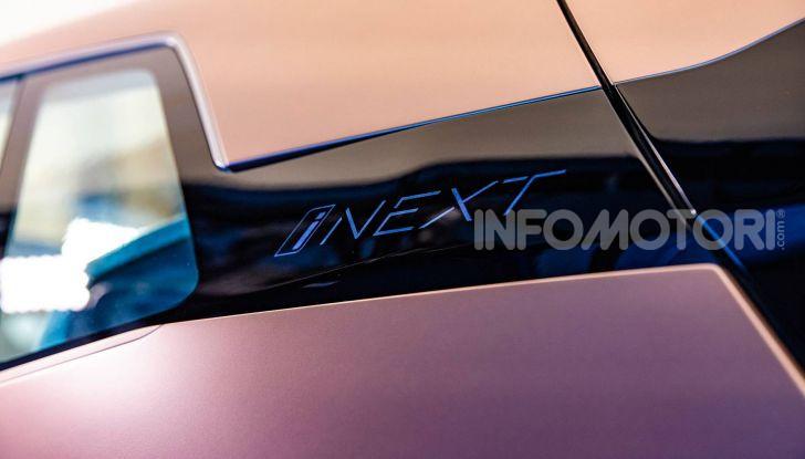 BMW i4 nel 2021 cerca di sfidare Tesla Model 3 e Model Y - Foto 12 di 14