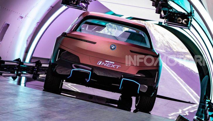 BMW Vision iNext, il crossover elettrico del futuro - Foto 13 di 14