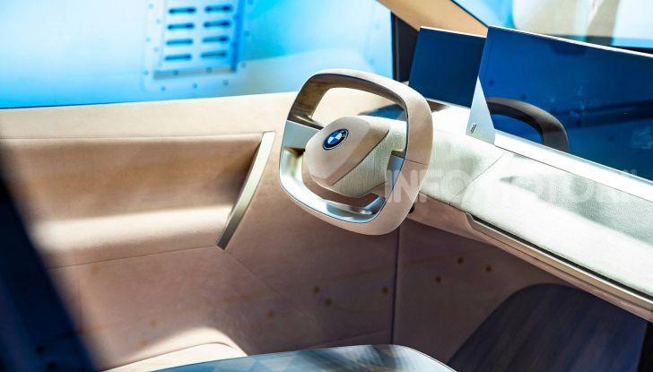 BMW Vision iNext, il crossover elettrico del futuro - Foto 3 di 14