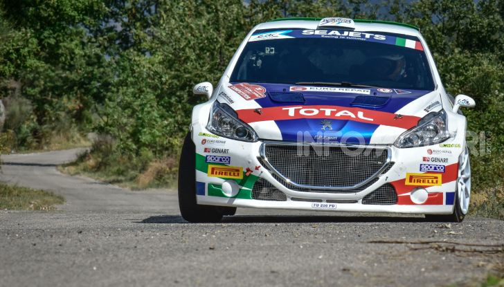 36° Rally Due Valli – Paolo Andreucci deve puntare in alto con la sua Peugeot 208 T16 - Foto 1 di 3