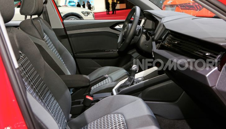 Nuova Audi A1 Sportback, listino prezzi e dotazioni - Foto 11 di 16