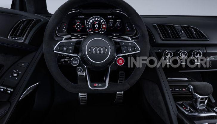 Nuova Audi R8 2019 Coupé e Spider: il V10 aspirato arriva a 620CV - Foto 19 di 30