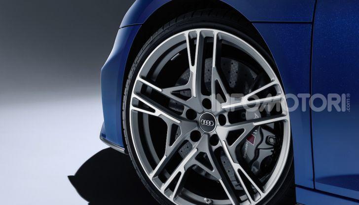 Nuova Audi R8 2019 Coupé e Spider: il V10 aspirato arriva a 620CV - Foto 25 di 30