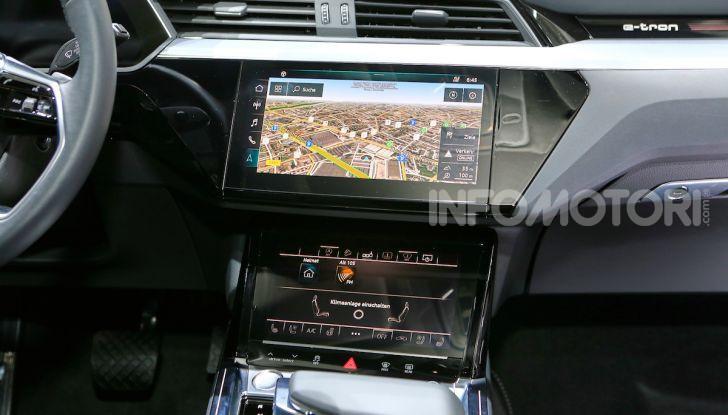 Audi: il SUV elettrico e-Tron debutta per sfidare Tesla - Foto 17 di 26