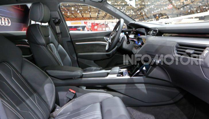 Audi: il SUV elettrico e-Tron debutta per sfidare Tesla - Foto 20 di 26