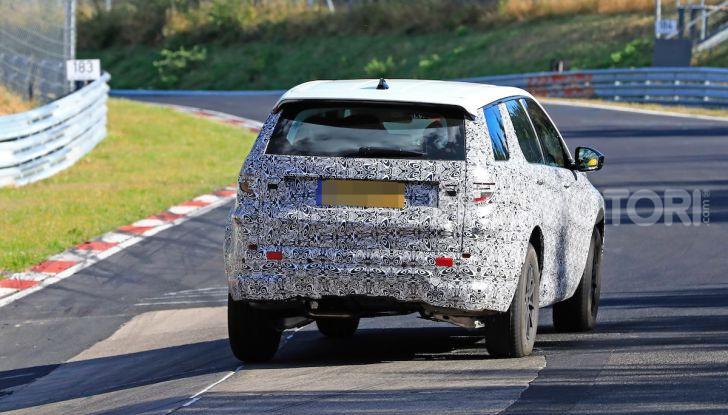 Land Rover Discovery Sport 2020: facelift ibrido ad alta tecnologia - Foto 20 di 29