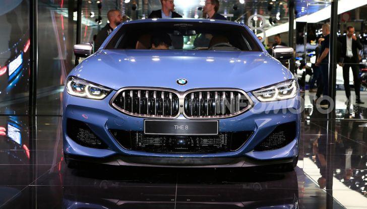 BMW Serie 8 Coupè 2018 al debutto con 530 CV - Foto 2 di 36