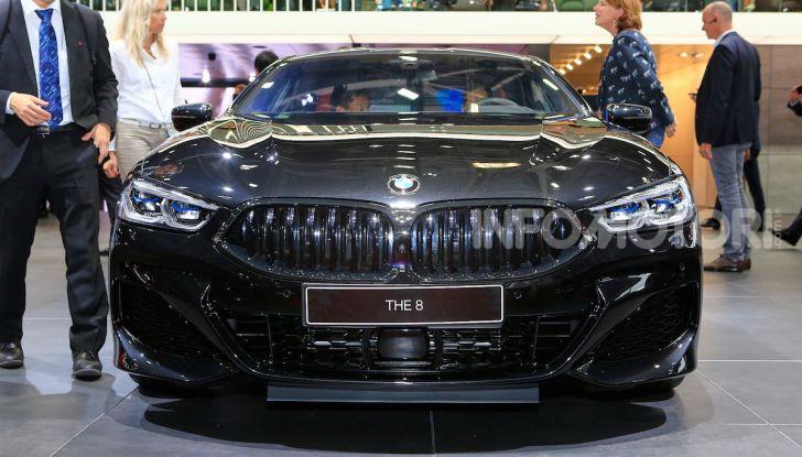 BMW Serie 8 Coupè 2018 al debutto con 530 CV - Foto 24 di 36